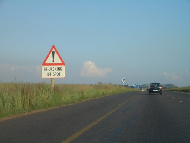 Hi-Jacking Hot Spot on N4 near Witbank / South Africa; © ddxc / Wikimedia Commons CC BY-SA 3.0